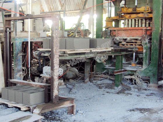 Máy sản xuất 01