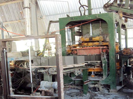 Máy sản xuất 02